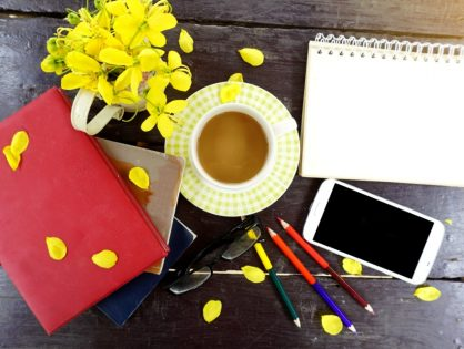 How To Keep Your Work Desk Organized
